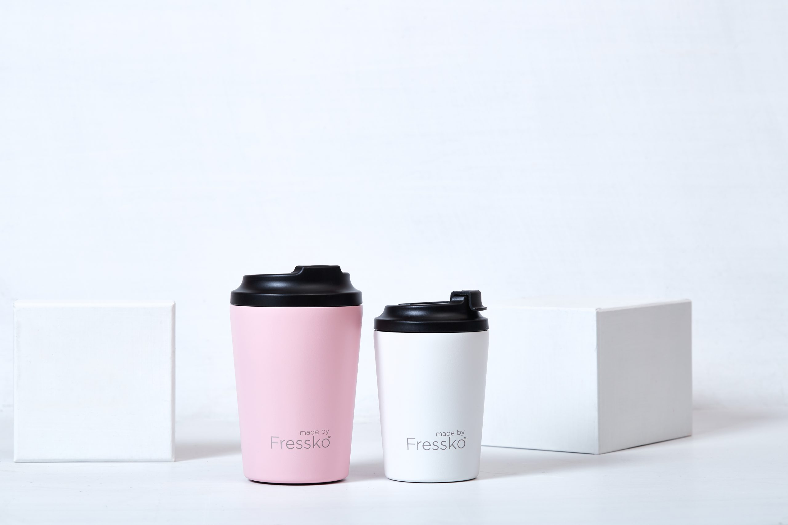 SAVE MOTHER EARTH WITH THESE STYLISH COFFEE CUPS